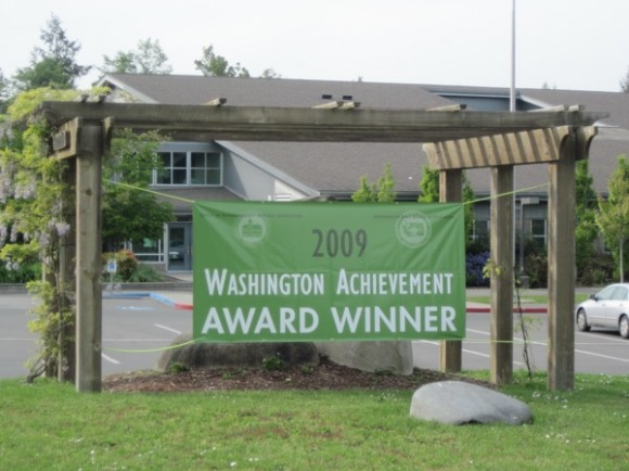Sakai Intermediate School (5th-6th grade), 2009 Washington Achievement Award Winner