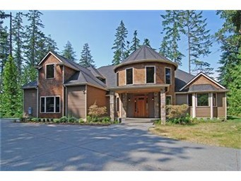 This 5,600 square foot home on Whitmore Lane in Bainbridge Island closed for $685,000 in June of 2011.  Bank Owned.