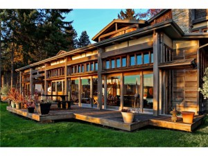 Bainbridge Island Real Estate. Reitan Road on Bainbridge Island.