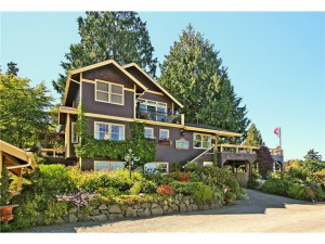 Bainbridge Island Real Estate. Valley Road on Bainbridge Island