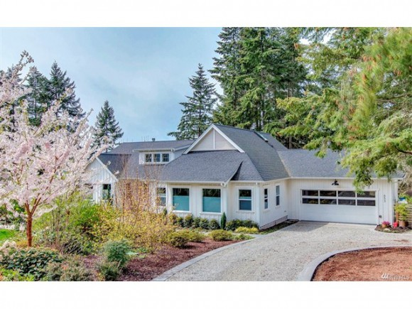 653 Horizon View Place NW listed by Jen Pells Windermere Bainbridge