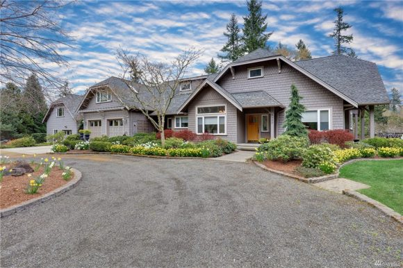 Hansen Road on Bainbridge Island sold in 2019