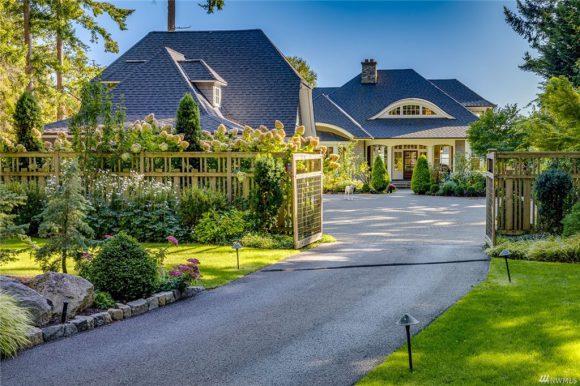 3853 Pleasant Beach Drive NE on Bainbridge Island sold in 2019
